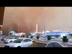 Thumbnail of Sandstorm turns day into night.