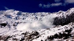 Thumbnail of Avalanche in italy