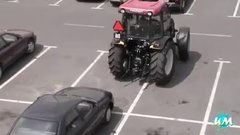 Thumbnail of Tractor Fails Compilation 2014