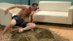 Thumbnail of Play with sand in your house with no mess