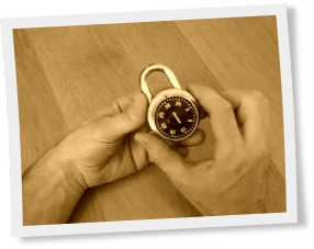 Thumbnail of How a rotating combination lock works demonstrated with a wooden home-made lock