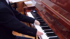 Thumbnail of The guy playing the piano without hands (river flows in you)