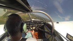 Thumbnail of Pilot loses propellor, forced to glide to the ground