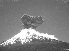 Thumbnail of Explosive eruption of Popocatépetl in Mexico