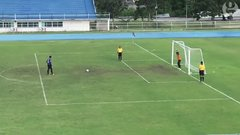 Thumbnail of Goalkeeper celebrates prematurely