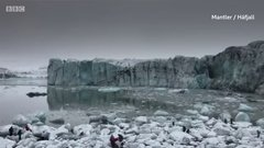Thumbnail of Massive glacier collapse sends tourists fleeing at famous lagoon in Iceland