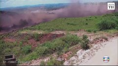 Thumbnail of Video shows exact moment Brazil dam collapsed