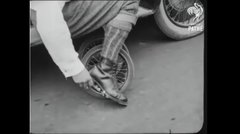 Thumbnail of old school roller skates