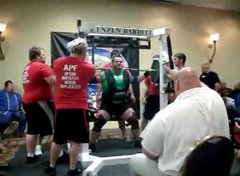 Thumbnail of Guy tries to squat 1,008 pounds