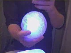 Thumbnail of How to make glowing ice